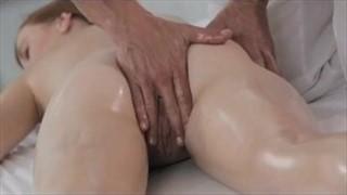 Brunetki 127927 Porno