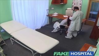 Seks z niezłą pacjentką w szpitalu