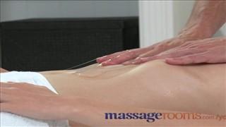 Porno Film Pokój masażu erotycznego Blondynki